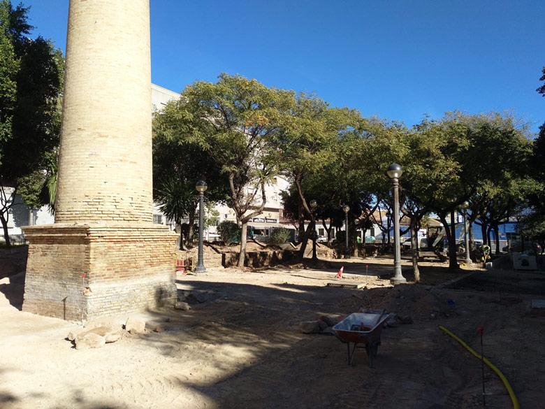 Obra en Plaza Pilar Miró en Elche